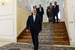 Zarif meets outgoing French, Belgian, Dutch ambassadors