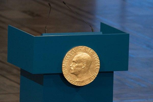 دردسرهای نوبل پایان ندارد/ استعفای دو عضو کمیته ادبیات