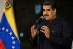 مادورو يحتفل بوصول أولى ناقلات النفط الإيرانية الخمس