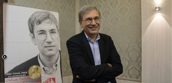 Turkey's Nobel laureate Orhan Pamuk attends a press conference at Tehran's Niavaran Cultural Historical Palace on May 9, 2018. (ISNA/Hemmat Khahi)