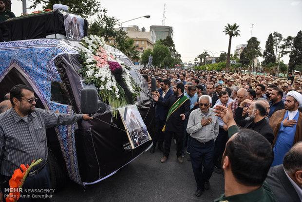 تشییع پیکر آیت الله ایمانی در شیراز