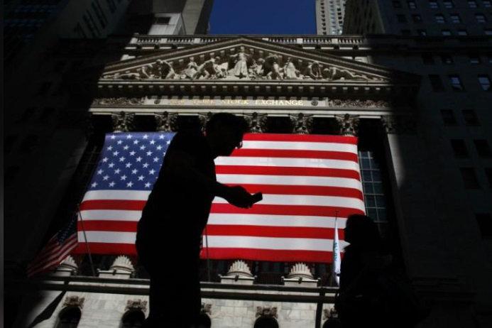 2778389 » مجله اینترنتی کوشا » بدترین سقوط اقتصادی تاریخ آمریکا/ اقتصاد ۳۱.۴ درصد آب رفت 1