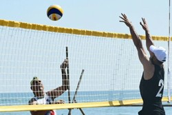 Iranian beach volleyball team reaches final at world tour