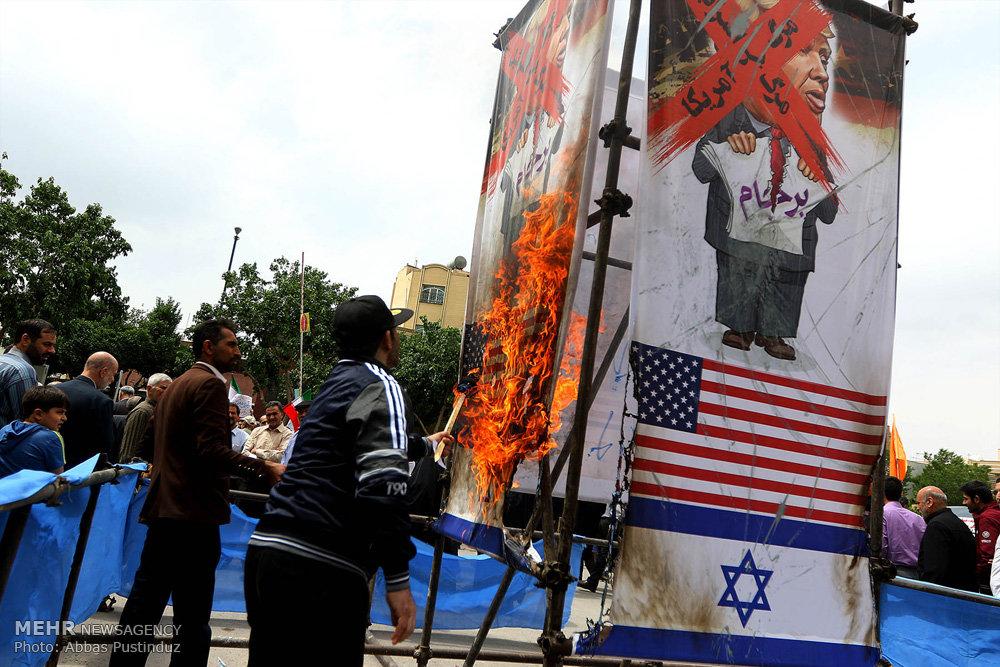 تجمع نمازگزاران سراسر کشور در اعتراض به اقدامات آمریکا