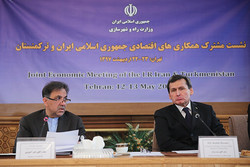 مذاکرات برای پرواز مستقیم تهران-عشقآباد/کاهش نرخ ترانزیت ۲کشور
