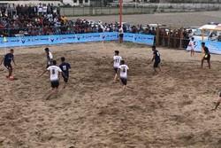 پیروزی ملوان بندرگز مقابل مدافع عنوان قهرمانی/ علی درویش درخشید