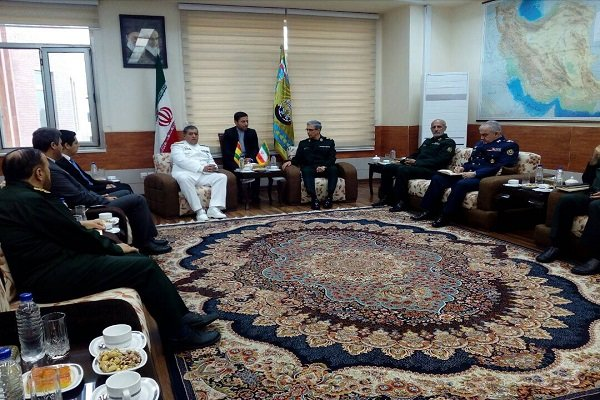 Maj. Gen. Bagheri meets with Bolivian counterpart in Tehran
