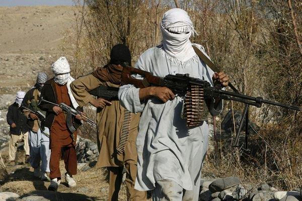 افغانستان کے شہر غزنی پر طالبان کا حملہ/ 14 اہلکار اور 40 طالبان ہلاک