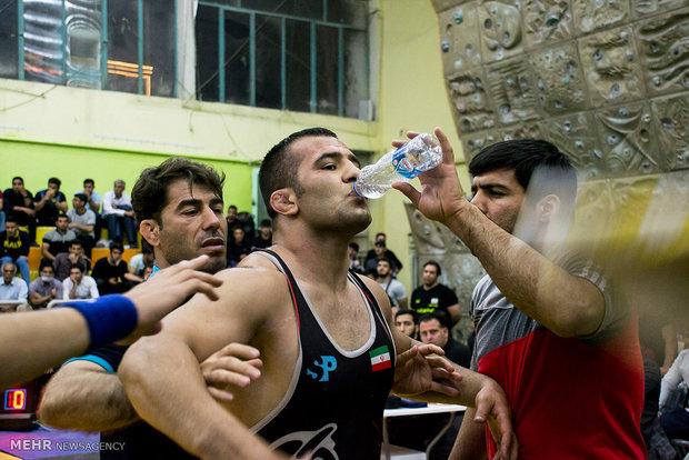 هشتمین دوره مسابقات کشتی آزاد جام برادران زهرایی
