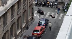 "قتيلان وجرحى بهجوم بسكين وسط باريس تبناه ""داعش"""