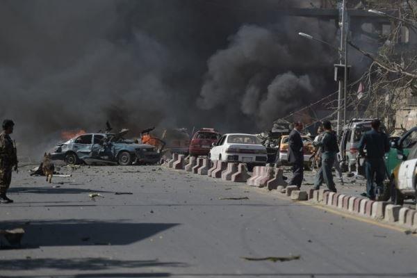 """""""طالبان"""" تقتل 30 من القوات الأفغانية في أول هجوم كبير منذ وقف إطلاق النار"""