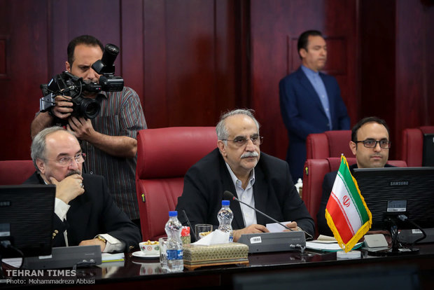 Iranian, Bulgarian economy ministers meet in Tehran