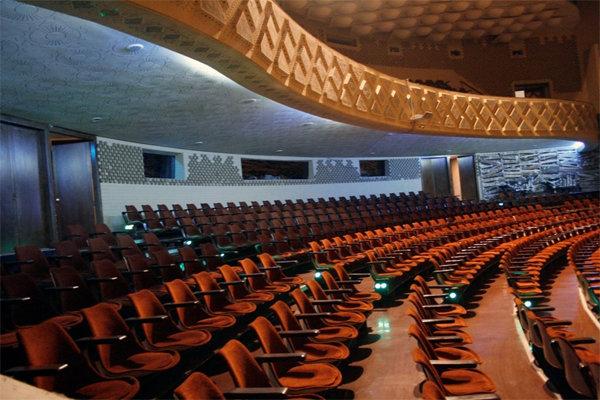 سالن اصلی مجموعه تئاتر شهر