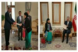 تقدیم رونوشت استوارنامه سفیر اکردیته نپال در تهران به قائم مقام وزارت خارجه