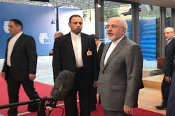 Zarif says talks with remaining parties to JCPOA on right track