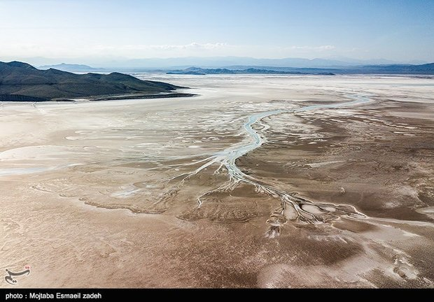 Water flow to Lake Urmia drops by 400mcm yr/yr: environment chief