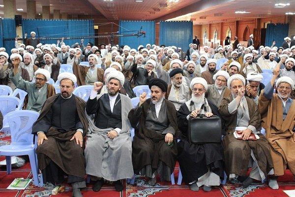 تجمع اعتراضی علما و روحانیون ارومیه در محکومیت لغو برجام