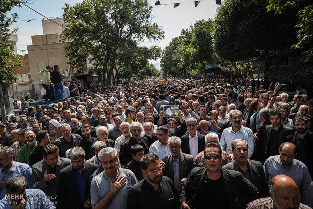 مراسم تشييع جثمان حجة الاسلام مهدي طباطبائي