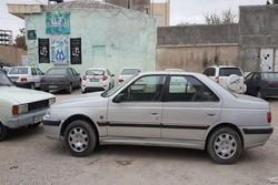 زائران از پارک خودروها در معابر مهران خودداری کنند