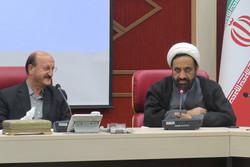 روحانیون شاغل در ادارات  برای اقامه نماز مدارس همکاری می کنند