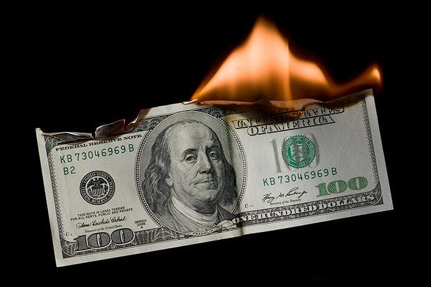 پاکستان میں ڈالر کی قدر میں کمی کا رجحان برقرار
