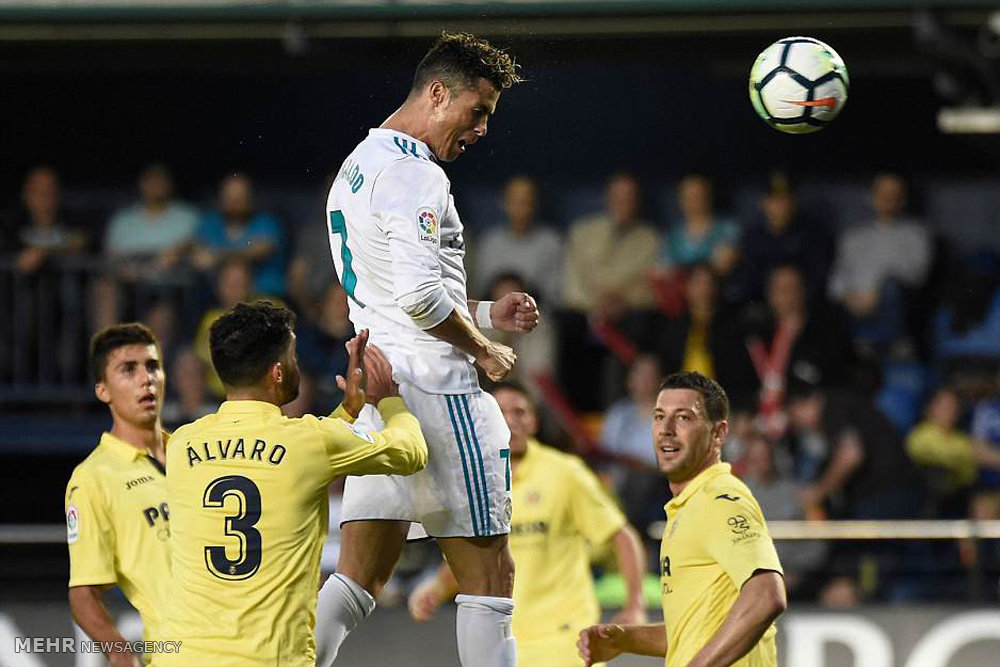دیدار تیم های فوتبال ویارئال و رئال مادرید