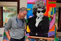 جیمز باند سابق نقاشی می کند/ تابلوی ۱.۴ میلیون دلاری از باب دیلن