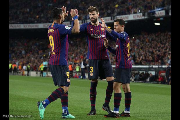 دیدار تیم های فوتبال بارسلونا و رئال سوسیداد