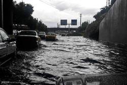 بارش شدید باران و آبگرفتگی معابر در کرج
