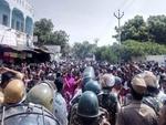 کیرالہ میں سبری مالا مندر میں خواتین کے داخلے کے بعد مظاہرے پھوٹ پڑے