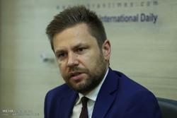 گفتگو با یاروسلاو مارچین دومانسکی سفیر لهستان در ایران