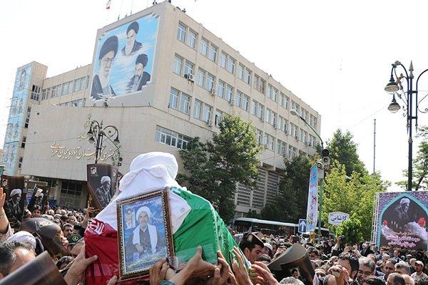 مراسم تشييع پیکر مرحوم حجت الاسلام حسنی + عكس