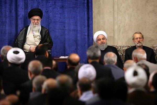 قائد الثورة الإسلامية يستقبل المسؤولين وصناع القرار في ايران