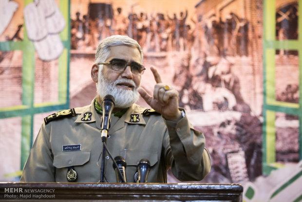 العميد بوردستان: القدرات الدفاعية الايرانية لا تخفى على أحد وسنرد بحزم على اي تهديد