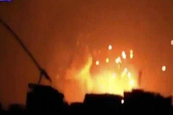پدافند هوایی سوریه موفق به دفع حمله موشکی در حومه حماه شد