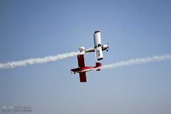 """مهرجان """"الطيران"""" في مدينة بيرجند شرقي ايران / صور"""
