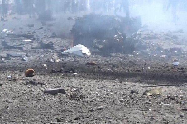 اكثر من 25 غارة سعودية على مطار الحديدة اليمنية