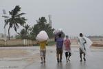 عمان میں طوفان سے تباہی