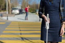 عصای هوشمند برای نابینایان ابداع شد