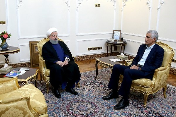 Rouhani urges all state bodies to serve people, speed up development