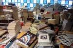 توقیف ۴۰۰ هزار جلد کتاب قاچاق دیگر/ ظرفیت انبار اتحادیه پُر شد!