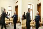 ظريف يتسلم أوراق اعتماد السفير البريطاني في طهران