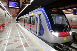جابجایی رایگان بیش از ۱۰۰ هزار مسافر با مترو در روز اربعین