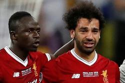 محمد صلاح تلقى ضربة في راسه ولن يواجه برشلونة