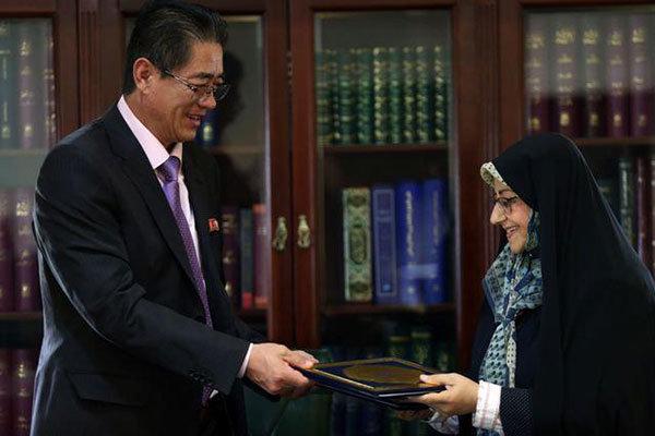 اتفاقية تعاون بين المكتبات الوطنية الإيرانية وكوريا الشمالية