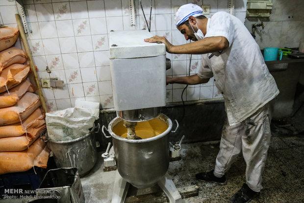 'Zulbia and Bamia', Persian dessert for Ramadan