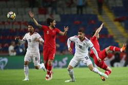 المنتخب الإيراني لكرة القدم يهزم ليتوانيا بهدف نظيف