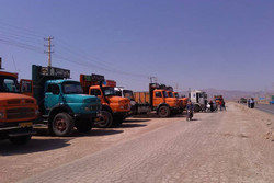 تردد یک سوم کامیونهای کشور اضافی است/کامیونهای جنگ جهانی از رده خارج شوند