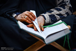 نمایشگاه و فروشگاه آثار علوم قرآنی در سنندج برپا شده است