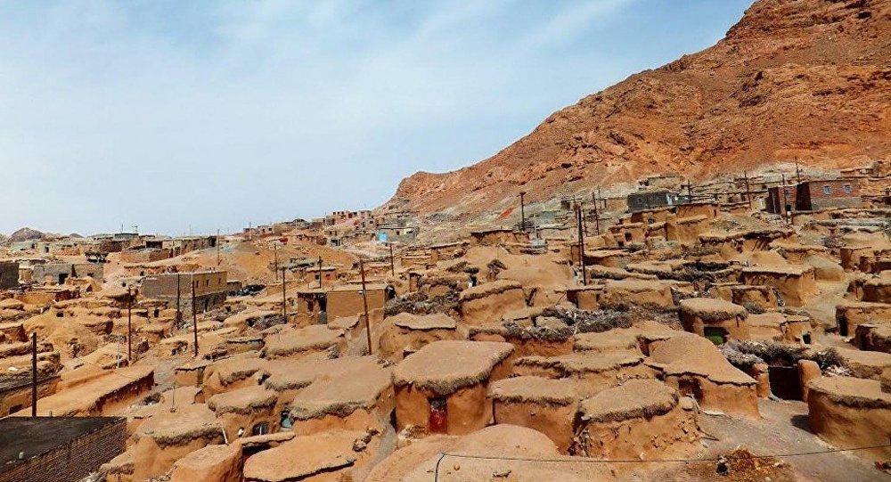 ajab-jankari-makhunik-a-mysterious-village-of-little-people